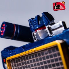THF Toy House Factory  MP-13 SOUNDWAVE